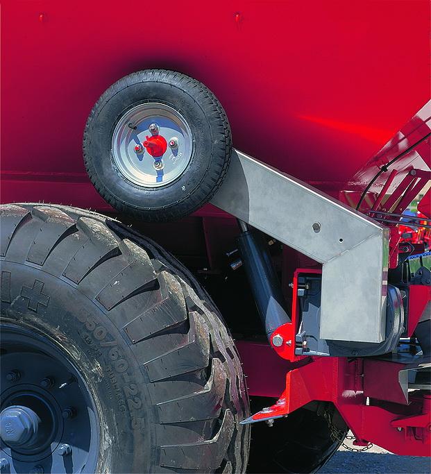 Открытие / Закрытие ленточного транспортера производится с помощью заднего колеса